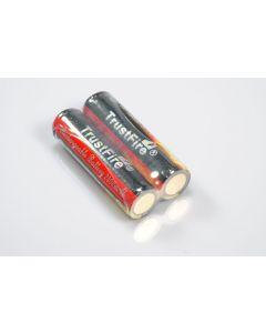 Trustfire skyddade 18650 2400mAh Li-ion uppladdningsbart batteri (1 par)