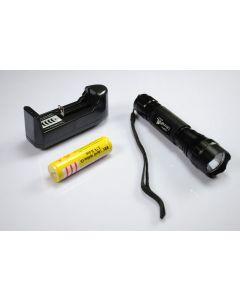 Ultrafire WF-501B XML U2 LED ficklampa + 18650 batteri + laddare