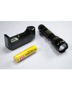 Ultrafire WF-502B XML U2 LED ficklampa med 18650 batteri och laddare